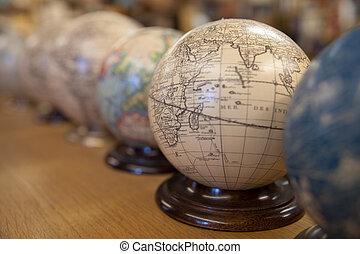 Globe maps
