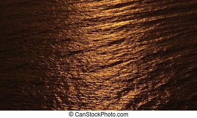 glow in the Sea