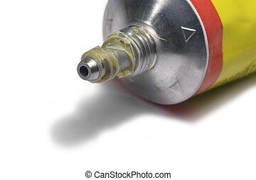 glue tube detail