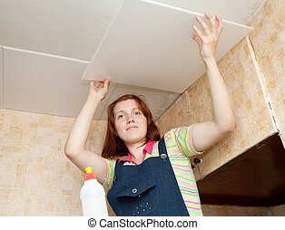 glues, girl, carreau plafond