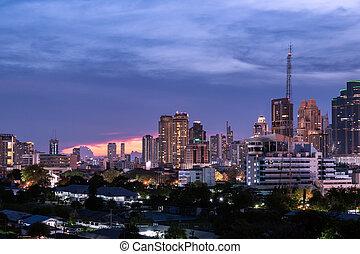 gmach, miasto, antena, handlowy, zmierzch, nowoczesny, zachód słońca, tło, sylwetka, prospekt