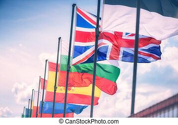 gmach, parlament, falować, bandery, przód, europejczyk