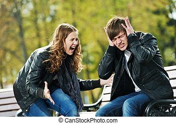 gniew, konflikt, młody, związek, ludzie