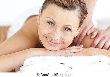 godere, donna indietro, massaggio, charmant