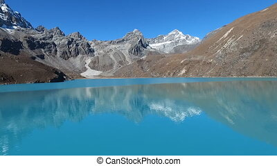 Gokyo Lake in himalaya - Gokyo Lakes are oligotrophic lakes ...
