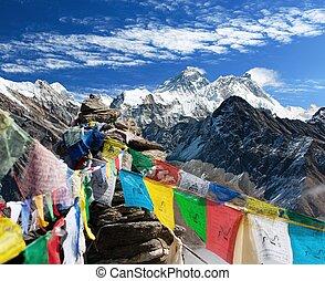 gokyo, nepal, -, everest, vlaggen, gebed, ri, aanzicht
