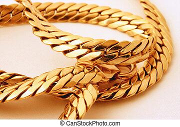 gold chain details #
