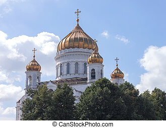 Gold domes of the temple in Moscow