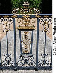 Gold railing 2