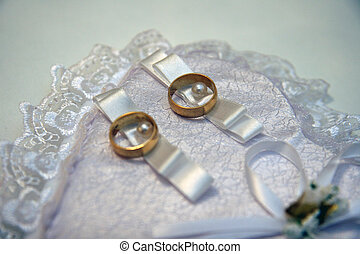 Gold rings for wedding - A symbol of love and marriage