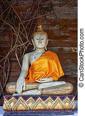 Golden Buddha Statue in Wat Kanthapeuksa Maekampong Chiangmai
