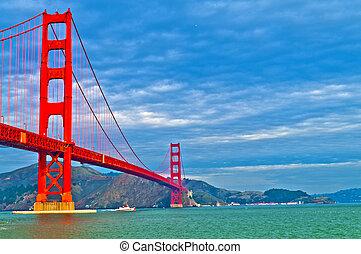 Golden Gate Bridge at Fort Point - Famous Golden Gate Bridge...
