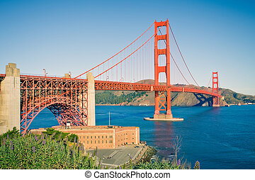 Golden Gate Bridge at sunset, Sun Francisco