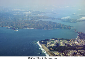 Golden Gate Bridge, Ocean Beach and the Sunset District of San Francisco