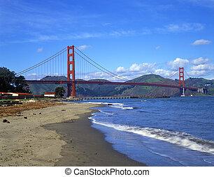 Golden Gate Bridge6