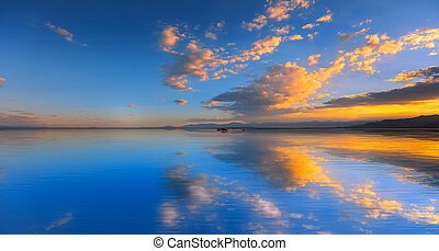 Golden hour sunset at Bonneville salt flats