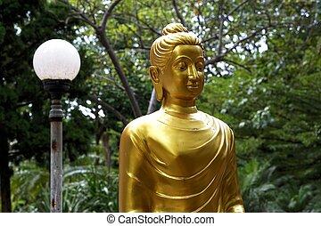 golden image of Buddha 1