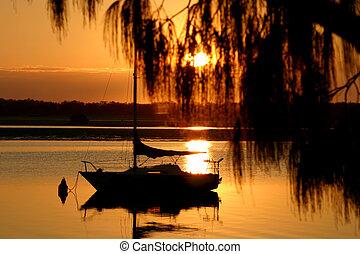 Golden Morning Yacht