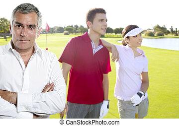 golf, 3º edad, golfista, hombre, retrato, en, verde, couse, al aire libre