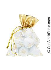 Golf balls in gift sachet