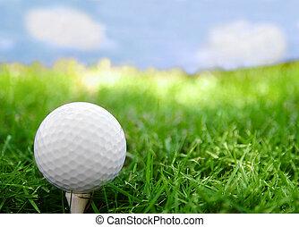 golf labda, closeup, képben látható, a, elkezdődik, noha, fű, és, ég