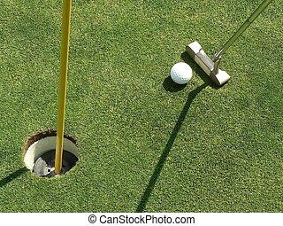 Golf - lining up the putt