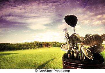 golf, przybory, kluby, na, zachód słońca