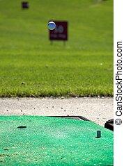 Golfball in Flight