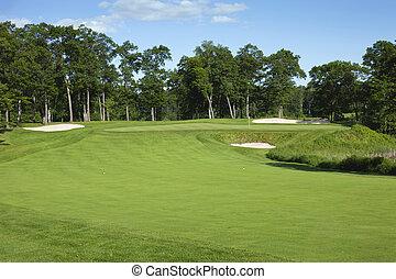 golfe, fairway, e, verde, com, bunkers