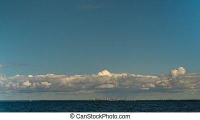 golfe, voler, clouds., ciel bleu, sur, finlande, timelapse