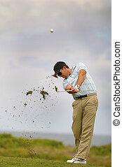 golfeur, sien, coup, jouer