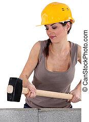 golpear, pared, mujer, sledge-hammer