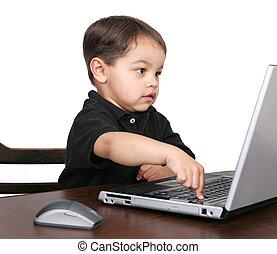 gombok, laptop, rámenős