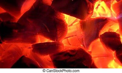 gonfler, charbons chauds, chauffé, très