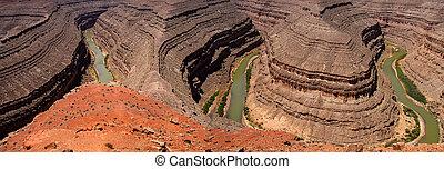 Goosenecks of the San Juan river state park in Utah