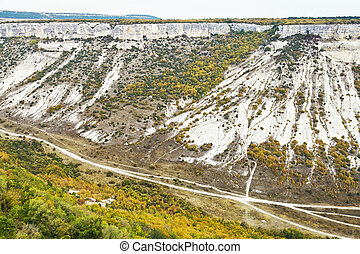 gorge ashlama dere in Crimean mountains in autumn