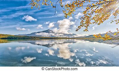 Stunningly beautiful Skylak lake on the Kenai peninsula in Alaska during Autumn.