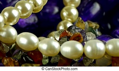 gorgeous gemstones jewelry,pearl necklace.