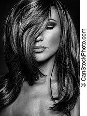 Gorgeous woman portrait - Black and white photo of seductive...