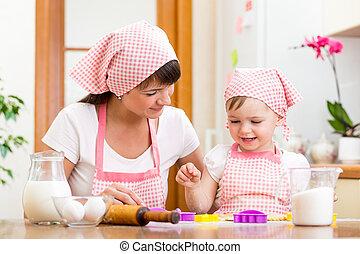 gosse, girl, à, elle, mère, cuisine, dans cuisine