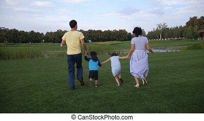 gosses, famille, parc, insouciant, courant, par
