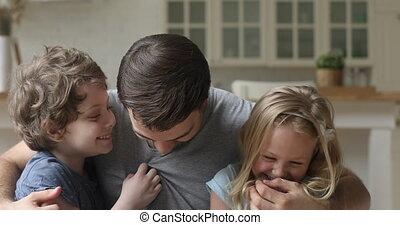 gosses, mignon, peu, avoir, papa, jouer, heureux, amusement