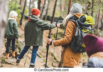 gosses, parents, forêt, trekking