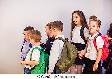 gosses, peu, heureux, groupe, école