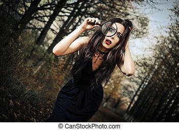 goth, loupe, erschrocken, seltsam, durch, aussehen, mï¿...