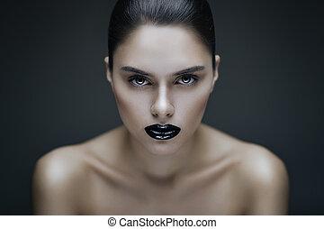 Gothic beauty - Fashion portrait of young brunette woman...