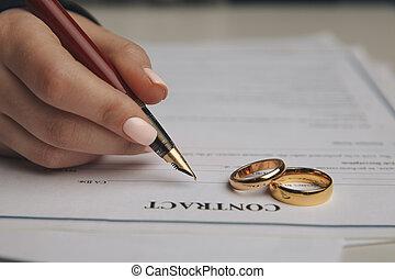 gotowy, ślub, papiery, wkładając, znacząc, rozwód, ring, rozkład, lawyer., rozwód, wyodrębnienie, siła robocza, dekret, porozumienie, albo, premarital, odwołujący, dokumenty, małżeństwo, mąż, żona, prawny
