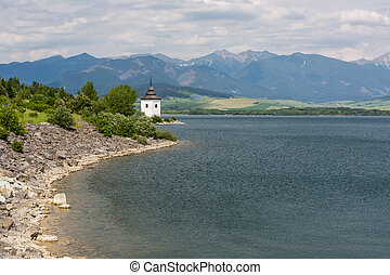 gotycki kościół, havranok, na, jezioro, liptovska, mara, slovakia