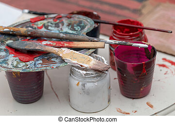 gouache , cans , βούρτσα χρωματιστού , βάφω