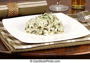 spinach fettuccine alfredo - Gourmet exquisite spinach...
